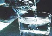 Сейчас лучше пить артезианскую воду