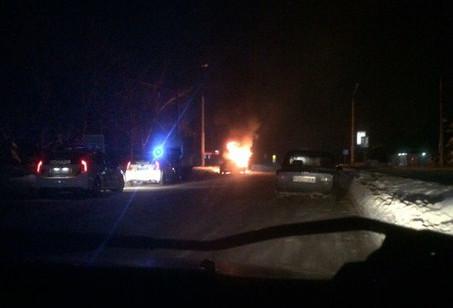 На Алексеевке взорвали автомобиль (ФОТО, ВИДЕО)