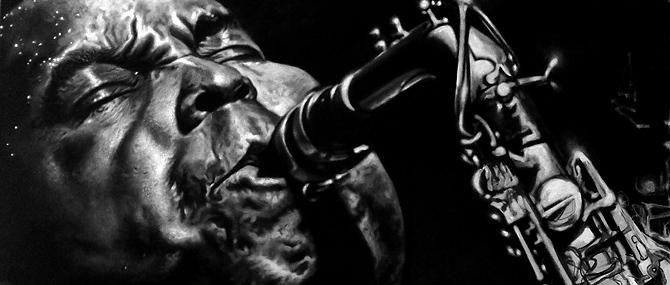 Недавно в качестве лота был выставлен легендарный и роскошный саксофон, который принадлежал основателю бибоп-стиля Чарли Паркеру.