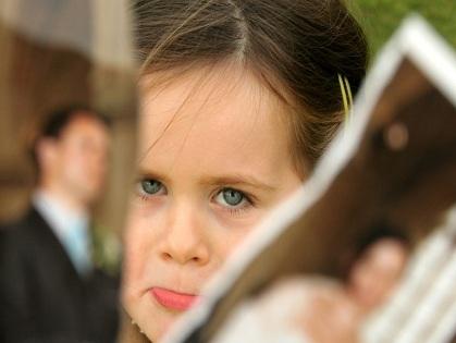 Общение вашего мужа с детьми от первого брака не испортит ваших отношений. А вот ваше плохое отношение к ним приведет к скандалу.