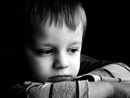 Детям трудно понять, что близкого человека больше нет. Они нуждаются в поддержке