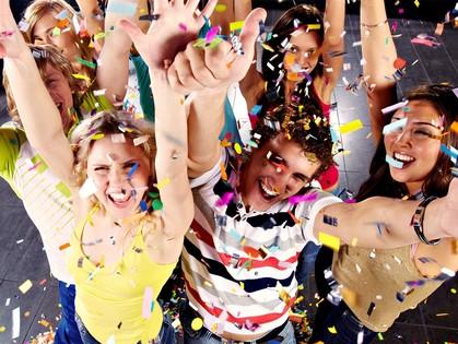 С вашей помощью дети смогут узнать, что такое настоящий выпускной вечер