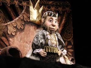 «Огниво» — спектакль в театре кукол