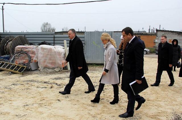 Руководитель области проверила, как проходит постройка школы в Песочине (ФОТО)