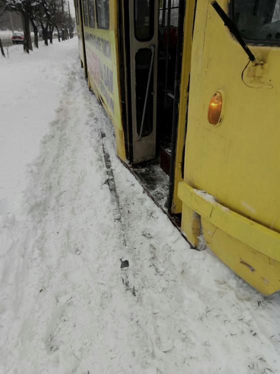 Очередной трамвайный дрифт произошел в Харькове (ФОТО)