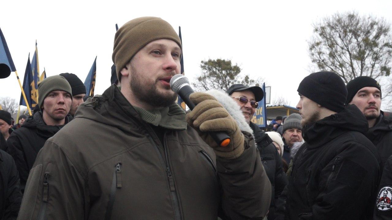 Под Харьковом активисты заблокировали дорогу государственного значения