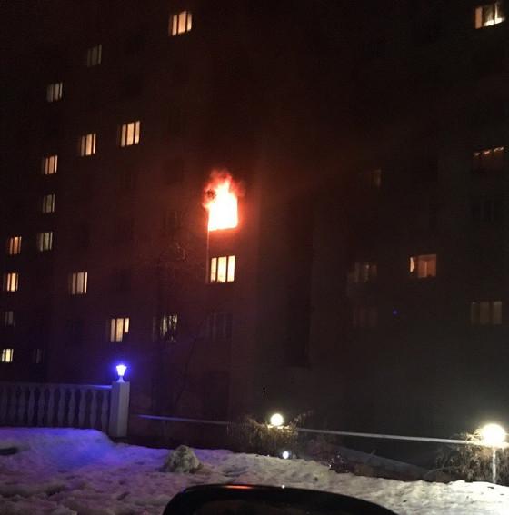 Сегодня ночью случился пожар в общежития Харьковского университета городского хозяйства (фото)