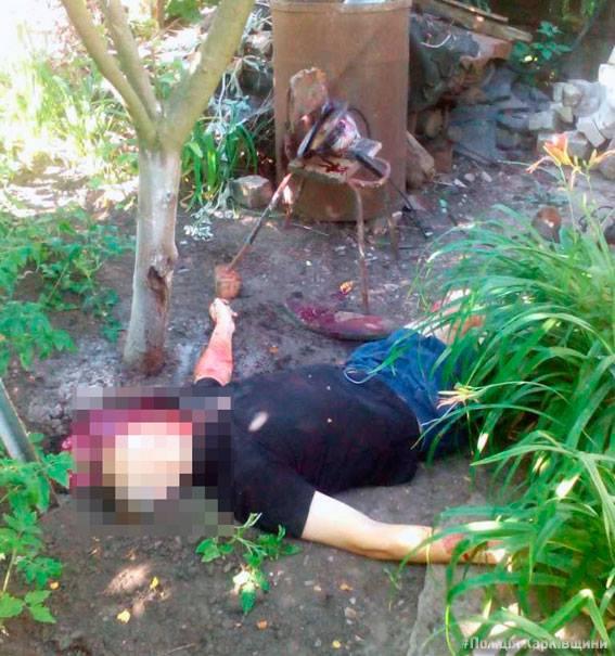 ВХарькове мужчина из-за болезни ребенка бросился головой на«болгарку»