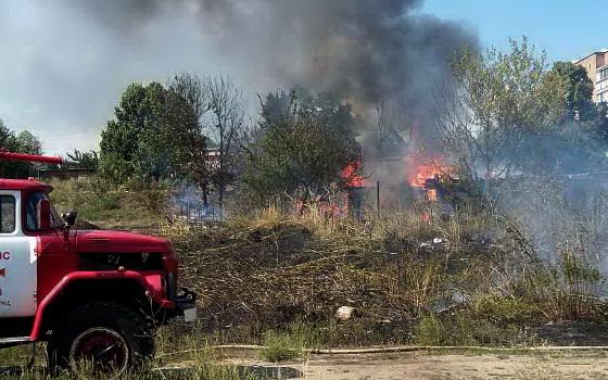 ВХарькове в сооружение суда ударила молния, начался пожар