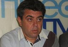 редактор и автор телепрограммы «губернские хроники», член секретариата областного отделения национального союза журналистов борис браги