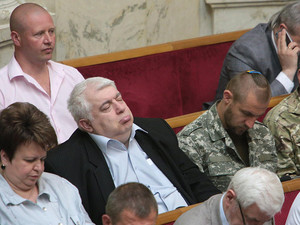 На заседании ВР Кирш спит
