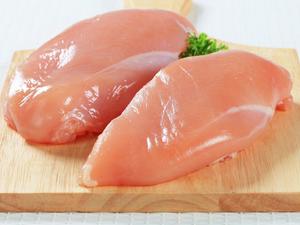 Стоимость 1 кг куриного филе оценили в 122 гривны