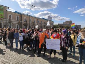 После нападения двое участников марша оказались в больнице
